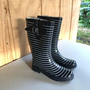 Merona Rain Boots Navy Blue w/White Stripes Sz 8